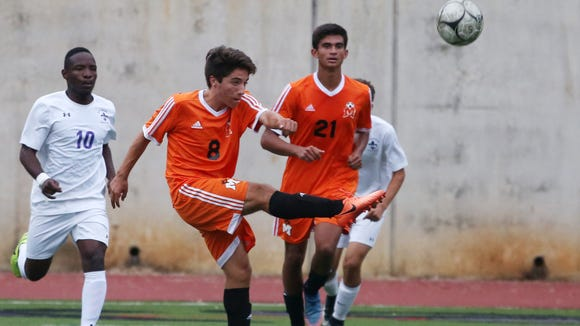 Mamaroneck defeated New Rochelle 1- 0 in boys soccer