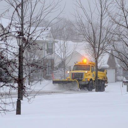 Weekend snowstorm may create hazardous travel conditions