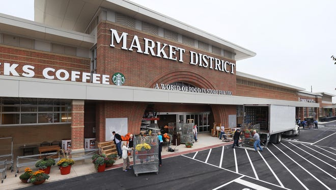 Market District employees prepared Monday, Oct. 5, 2015, for the store's 6 a.m. Wednesday opening. Located at 11505 N. Illinois St., Carmel, the new store offers more shopping options than you might expect.