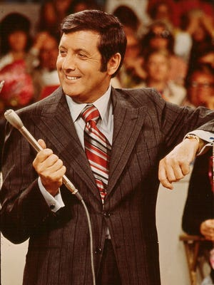"""Monty Hall, star of """"Let's Make A Deal"""" and a long-time Coachella Valley philanthropist, has died"""