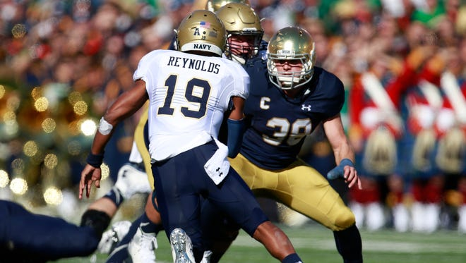 USC rivalry means a little more to Notre Dame linebacker Joe Schmidt.