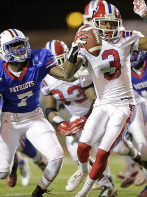 Bo Wallace (7) out of John Curtis Christian School