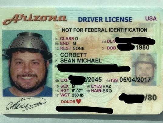 Arizona man wears colander in driver 39 s license photo in for Motor vehicle division chandler az