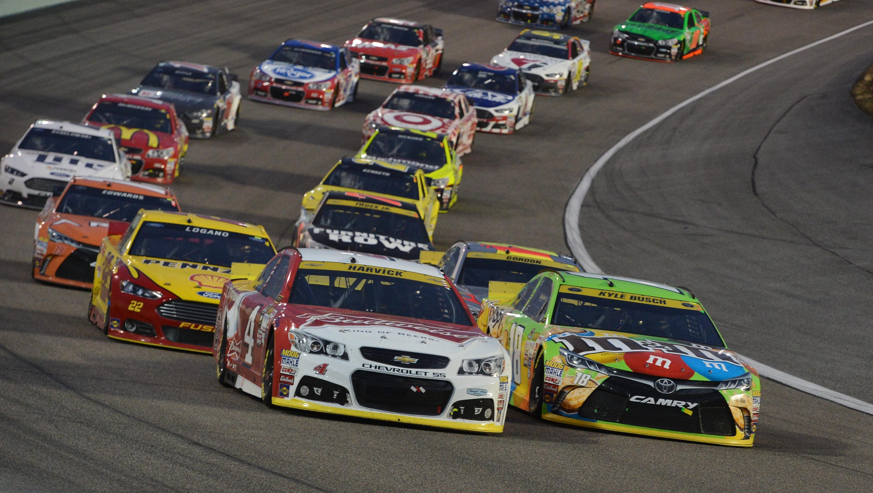 Top 10 Sprint Cup : Kevin harvick comes up just short of defending his