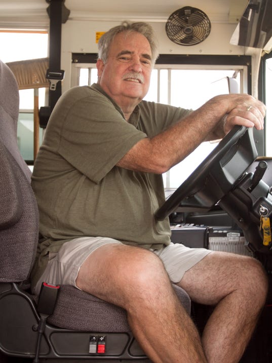 636409138173815009-Bus-driver-shortage-03.jpg