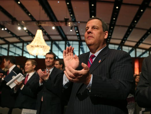 New Jersey Gov. Chris Christie applauds following the