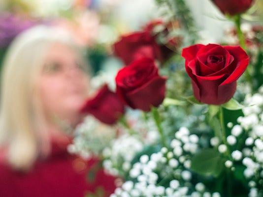 HES-TL-021217-Valentines-prep