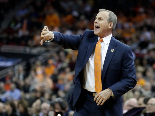 Rick Barnes: 'Absolute lie' that he contacted UCLA first, per report
