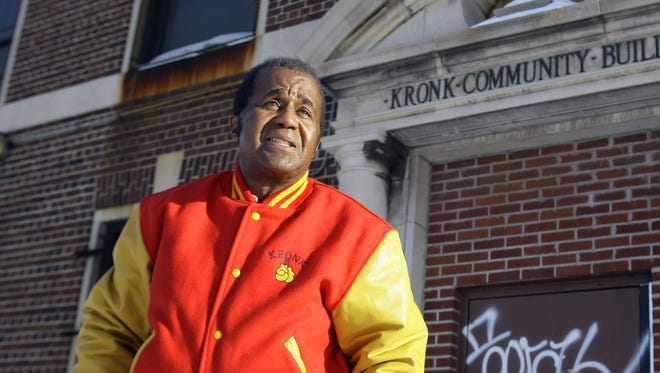 Emanuel Steward in front of the famed Kronk Gym.