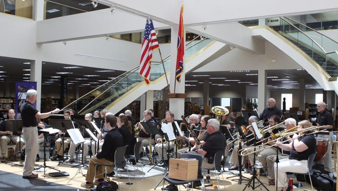 Cumberland Winds Concert Band will perform more than a dozen arrangements this Saturday at Mabry Concert Hall. The night will include a free concert and auction.