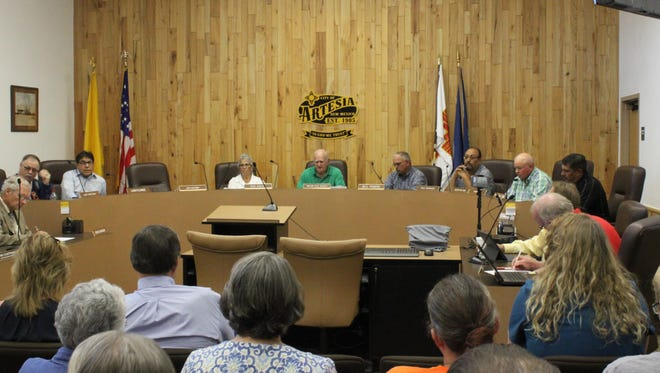 The Artesia City Council discusses the recent E. coli outbreak in the city's water system during an emergency meeting, Sept. 20 at Artesia City Hall.