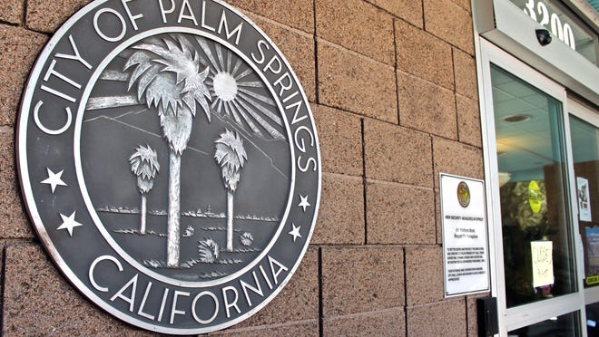 Lucas Esposito/The Desert SunPalm Springs voters will decide Nov. 3 who will lead the booming city as its next mayor. The Inland Empire Public Corruption Task Force made up of the FBI, District Attorney's Office and the IRS raid Palm Springs City Hall on Sept. 1, 2015.