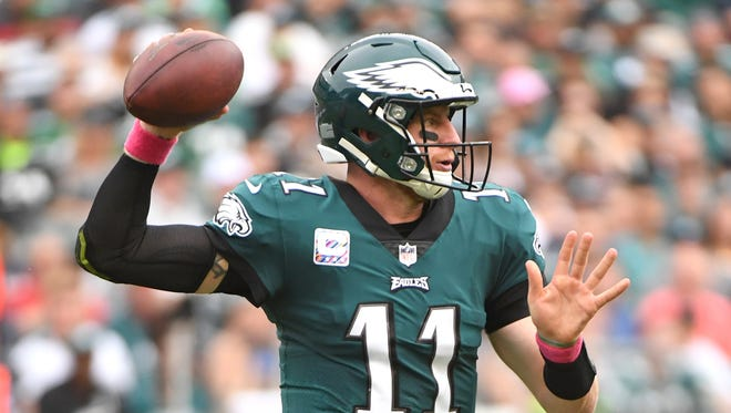Oct 8, 2017: Philadelphia Eagles quarterback Carson Wentz (11) throws a pass against the Arizona Cardinals during the second half at Lincoln Financial Field.
