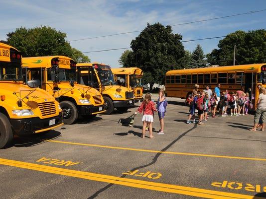 OSH School Buses 090314 JS 01.jpg