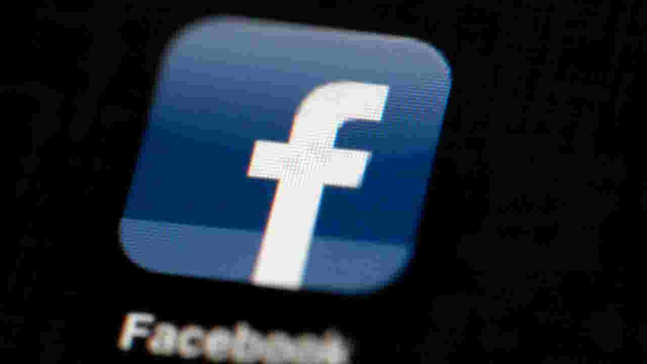 Some deleting Facebook after new privacy scandal
