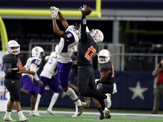 Refugio's Jake Tinsman breaks up a pass intended for