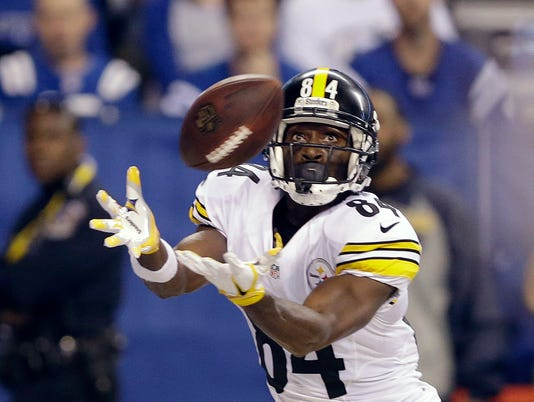 636156280703696736-Steelers-Colts-Footba-Heis.jpg