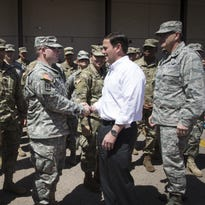 Díaz: Gov. Doug Ducey sends National Guard to Mexican border so he can snap a pic