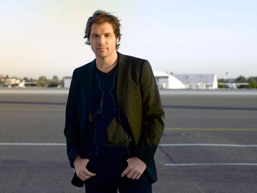 Former Season 'American Idol' finalist Michael Johns, 35, popular with fans for his soulful vocals and good looks, died Friday from a blood clot in his ankle.