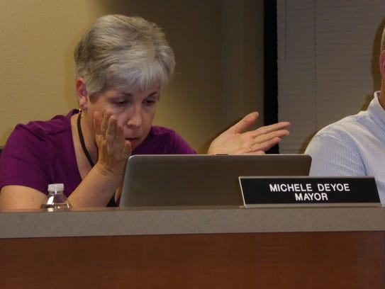 Mayor Michele DeYoe makes a point while explaining