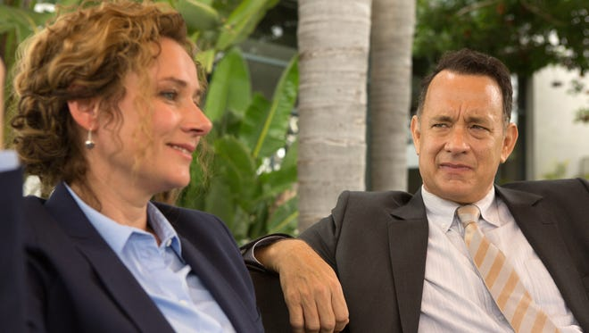 """Hanne (Sidse Babett Knudsen) and Alan (Tom Hanks) become friends in """"A Hologram for the King."""""""