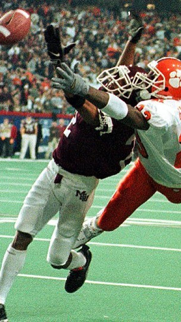 Former Mississippi State corner Fred Smoot named a 2014 SEC Football Legend.
