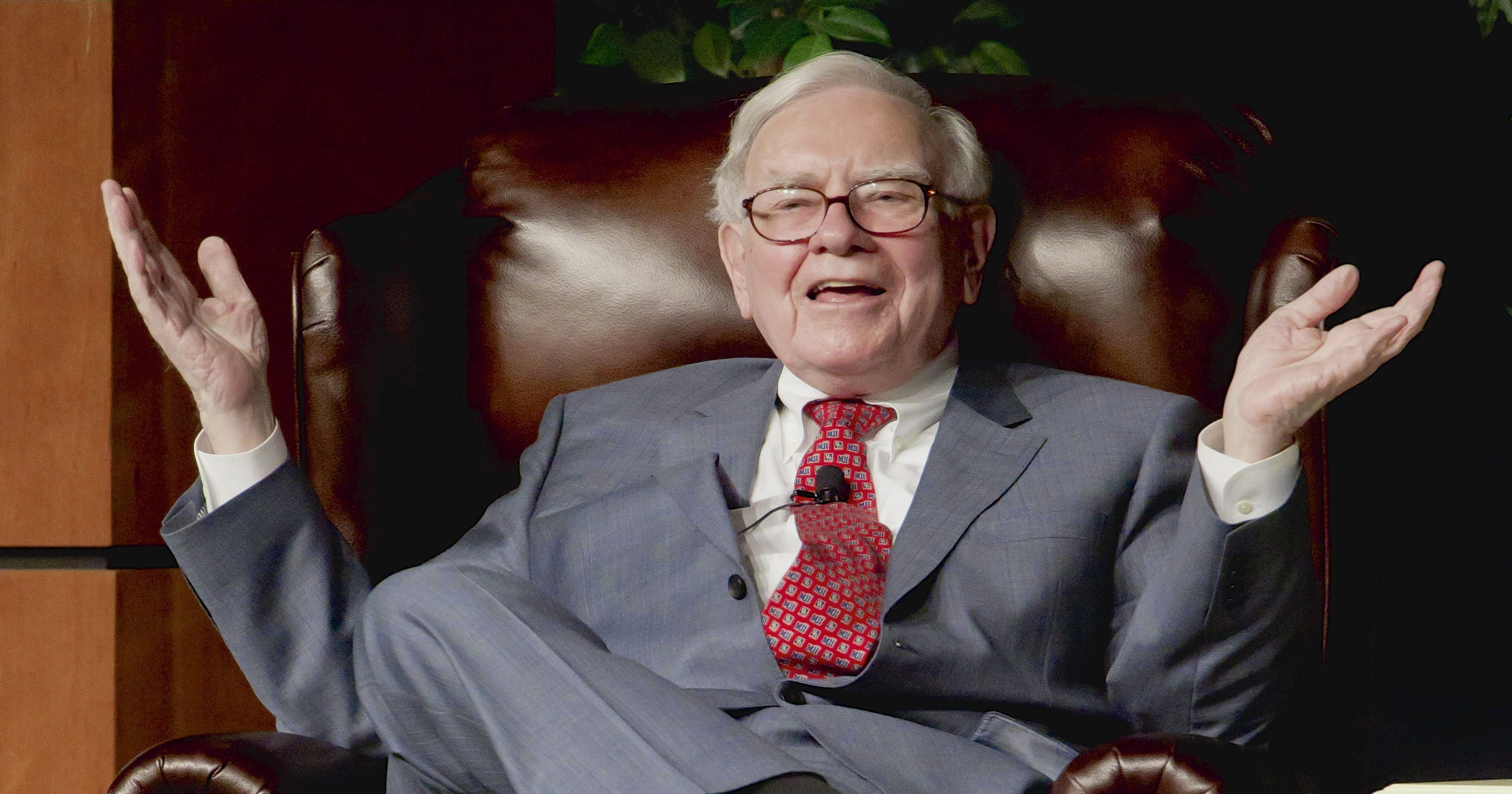 warren buffett gave away this much of his wealth in the past 10 years