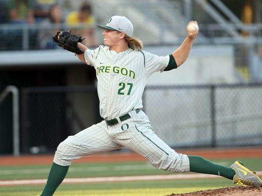 SAL0530-Oregon baseball photo 1