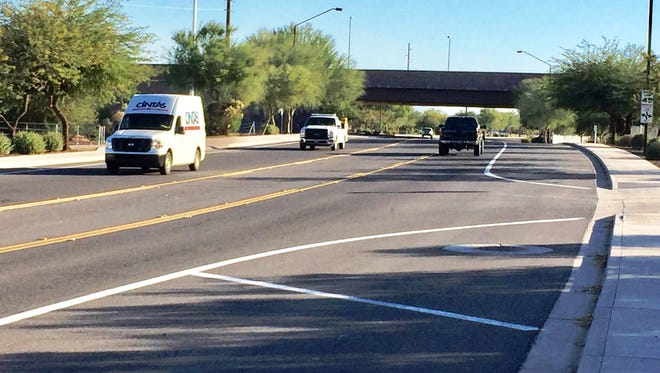 Lindsay Road north of the Loop 202 freeway is two lanes. Gilbert officials want to add a freeway exit at the location.