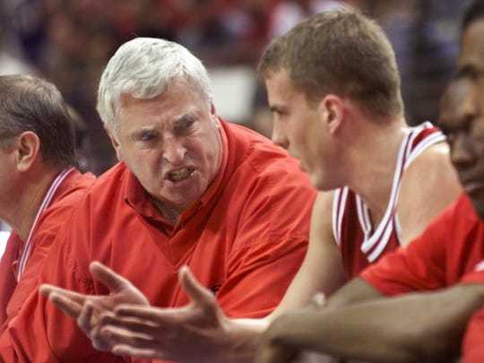 Bob Knight yells at Dane Fife during the Hoosiers' 86-61 loss to St. John's in second round NCAA tournament action March 13 1999.