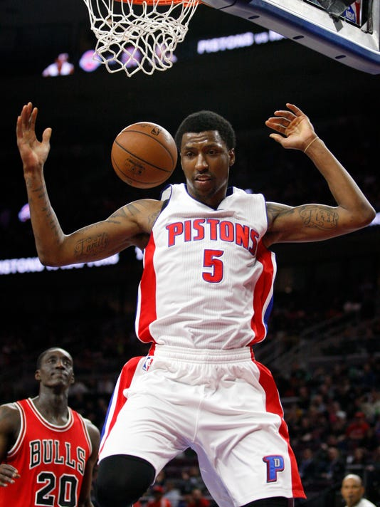 19c4078b123 Pistons erase 19-point deficit in 3rd to beat Bulls 107-91