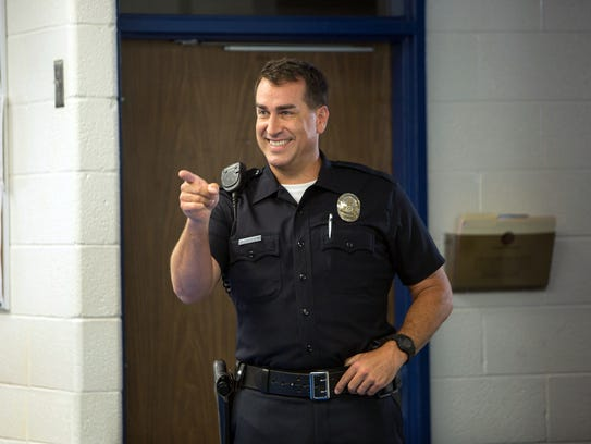 RIGGLE_LETS-BE-COPS-MOV--JY-1649-_66423124