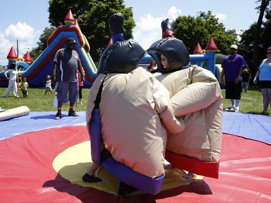 20150711 Community Tent Festival