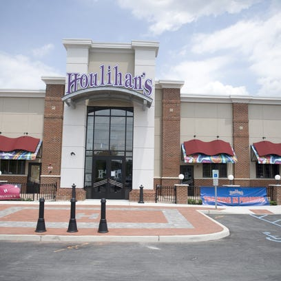 Workers at a Houlihan's restaurant in Cherry Hill were