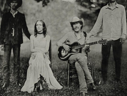 Cover of Dave Rawlings Machine's new album 'Nashville Obsolete' features wor