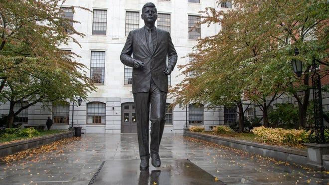 The statue of President John Kennedy in front of a locked State House entryway was sculpted by Isabel McIlvain and unveiled in 1990.