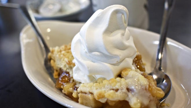 Apple pie with vanilla ice cream from Hamburg Inn No. 2.