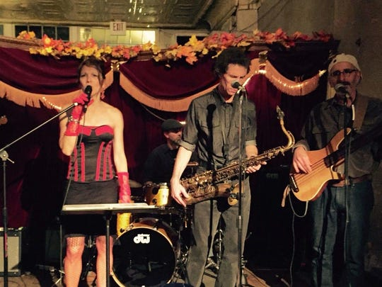 Expect toe-tapping jump blues, jazz, swing and oldies from Virginia and the Slims.