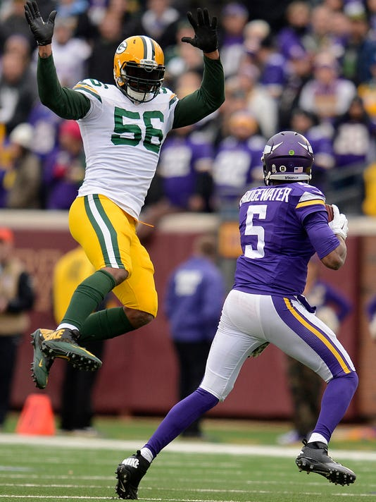 Teddy Bridgewater, Julius Peppers