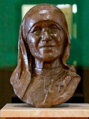 This bust of newly canonized St. Teresa, which regularly resides in St. Bernardine of Siena Library, was a gift to Thomas Aquinas College memorializing her 1982 visit.