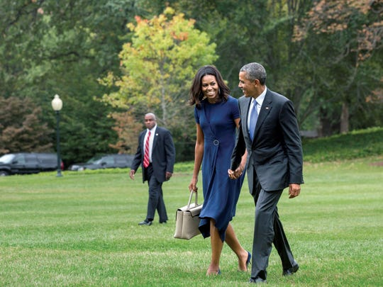 President and Mrs. Obama on the south lawn at the White