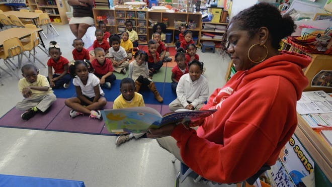 Ginetta Nelson reads to her pre-K class at Cherokee Park Elementary School in Shreveport. President Barack Obama announced Wednesday the first stage of a four-year $32 million grant to Louisiana to make improvements in early childhood education.