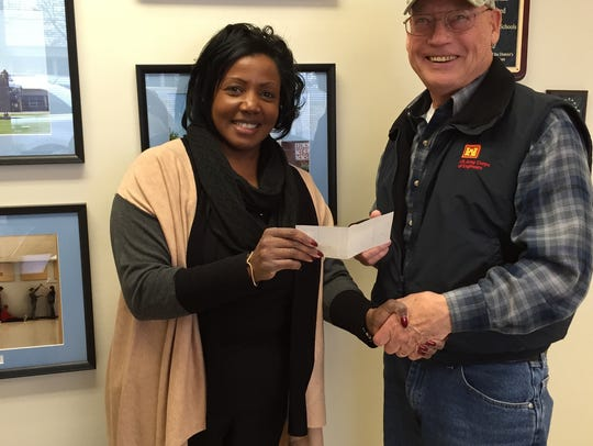 Uniontown Elementary School receives a $400 donation