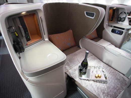 Boeing 787-10: Singapore Airlines unveils new cabin interior