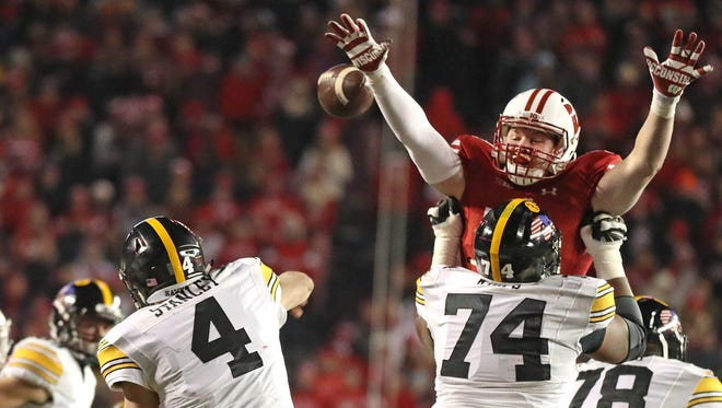 The Wisconsin defense dominated Iowa quarterback Nathan Stanley and the Hawkeyes offense Saturday.