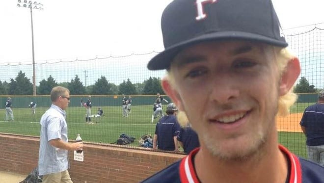 Jake Hagenow reaffirmed his commitment to MTSU at this year's state tournament.
