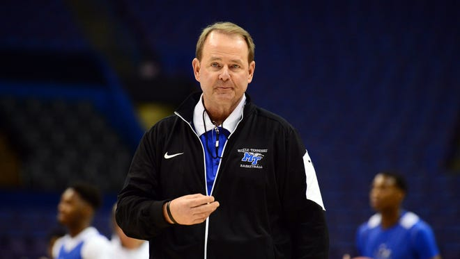 Middle Tennessee coach Kermit Davis watches as his team prepares for an NCAA tournament game in 2016.