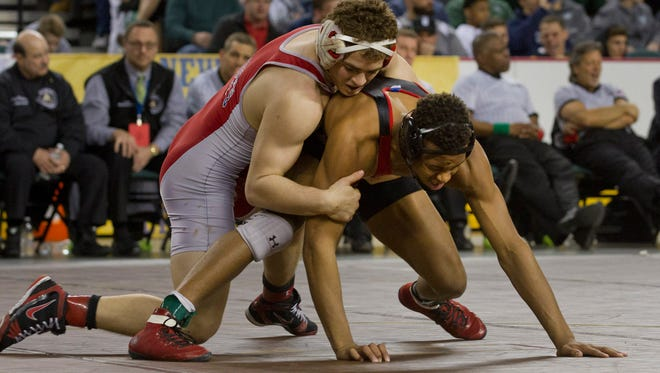 Wall's Brett Donner defeats Bound Brook's George Walton in their 170 lbs third place bout. Consolation round matches for 3rd, 4th, 5th and 6th place in NJSIAA State Wrestling Tournament in Atlantic City on March 6, 2016.
