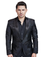 "Regional Mexican singer Larry Hernandez became a genre star with his hit 2009 album ""16 Narco Corridos."" He's at Los Dells Sept. 2, but if you can't make it to the festival, you can see him Sunday at the UW-Milwaukee Panther Arena for the ""Fiesta De La Raza"" concert."