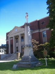 Confederate monument in Hopkins County, Kentucky.